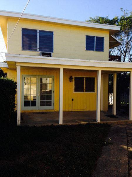 611 N. L Street. Lake Worth, FL 33460 - Lake Worth