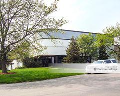 Elk Grove Industrial Park - 131-199 East Thorndale Avenue - Wood Dale