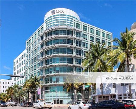 Lincoln Place - Miami Beach