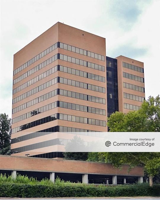 30 Corporate Center