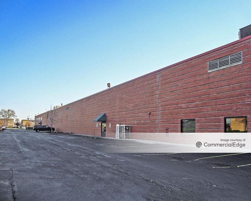 Midway Business Center - 5555-5561 South Archer Avenue