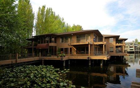 Nine Lake Bellevue - Bellevue