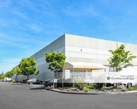 Industry West Commerce Center - Santa Rosa