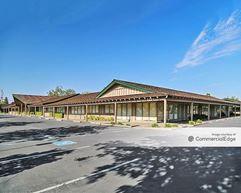 Cottage Center - 2755 & 2775 Cottage Way - Sacramento