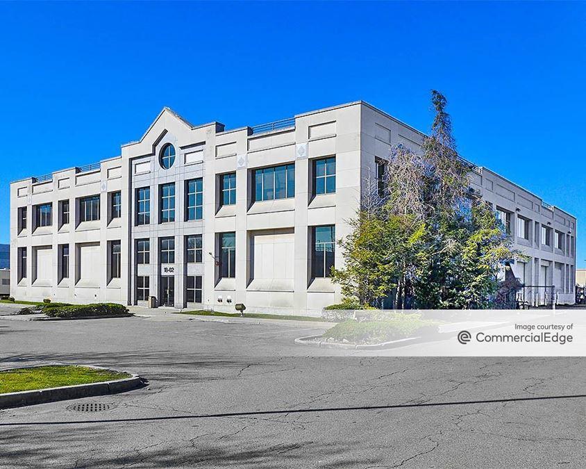 Petracca & Sons Corporate Headquarters