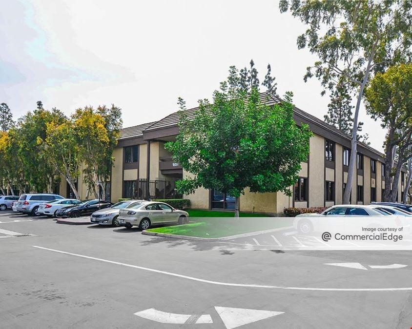 Central Pointe Business Centers - Stonebridge Court