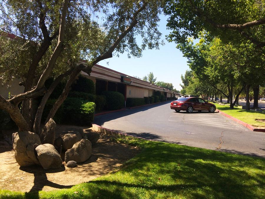 Professional/Medical Recently Renovated Office Suites Available