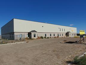 ±10,000 SF Shop, Office & Yard - Williston