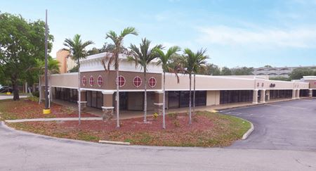 Colonial Professional Plaza - Fort Myers