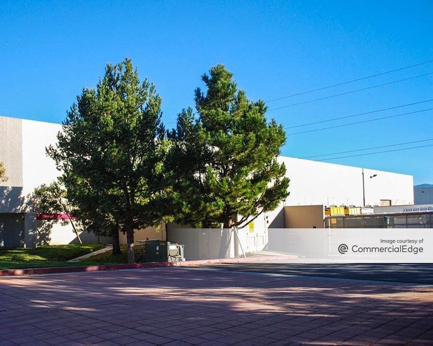 The Majestic Spectrum Monte Vista - 14680 Monte Vista Avenue