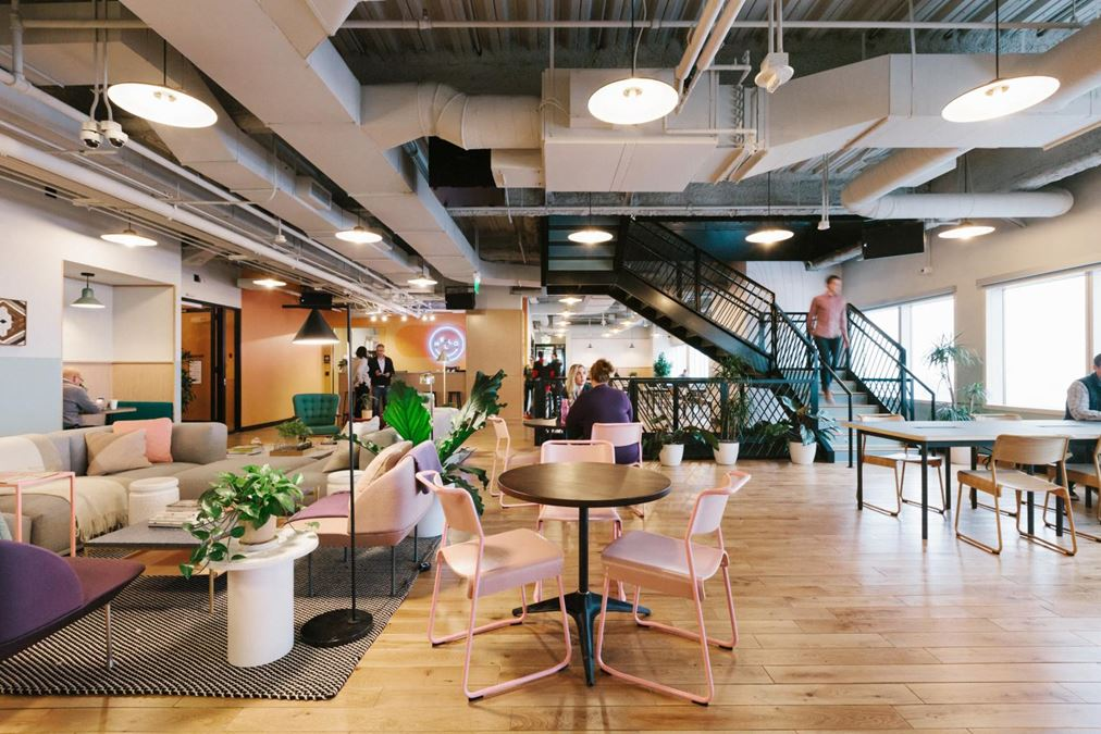 WeWork   Capella Tower