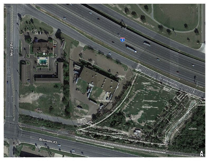 Mercedes Expressway 2.85 Acres Net