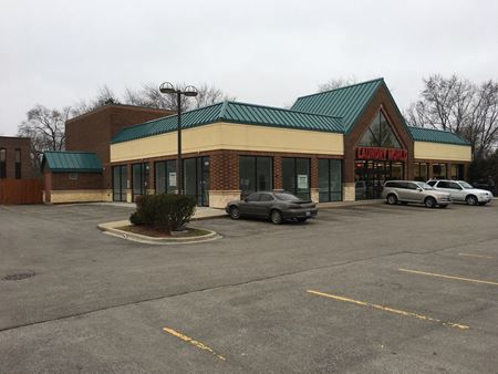 Retail Space For Lease Along Dundee Road Across From Walgreens - Wheeling