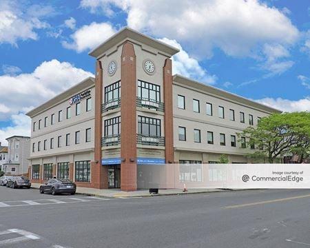 Fernwood Professional Building - Revere