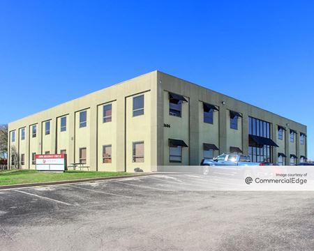 HEADWAY PROFESSIONAL BUILDING - Austin