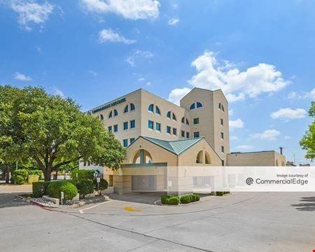 1201 Summit Avenue - Fort Worth