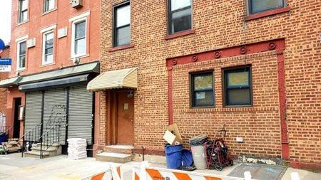 Former DIAMOND BAR + Flex Space in Greenpoint - Brooklyn