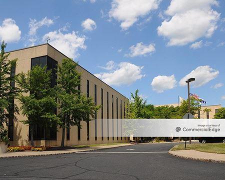 West Essex Logistics Center - Livingston