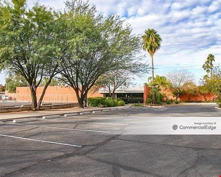 100-150 North Tucson Blvd - Tucson
