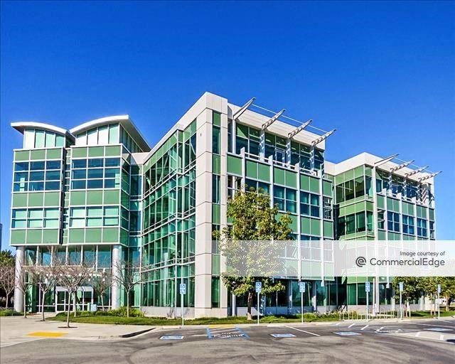 Pacific Shores Center - 1700 Seaport Blvd