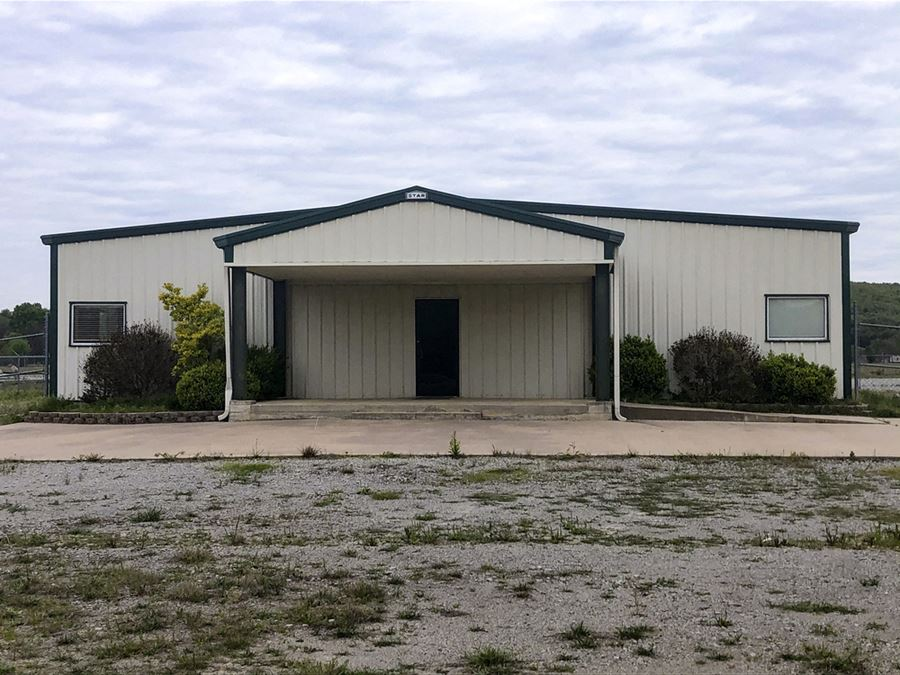 Prime Office/Lab & Warehouse on St Hwy 31