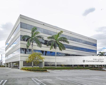 Miami Lakes Business Park West - Leroy Collins Building - Miami Lakes