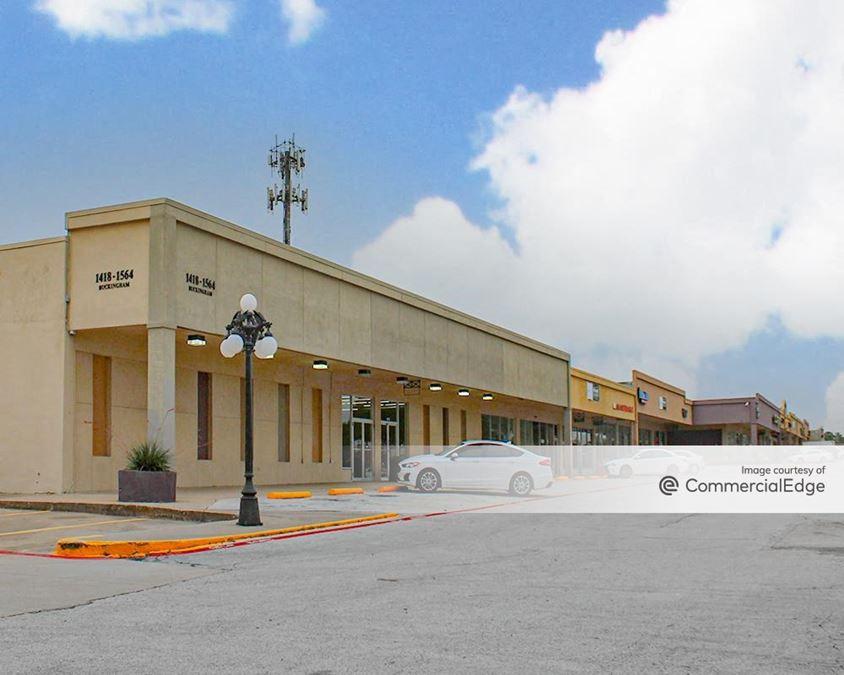 Northstar Plaza