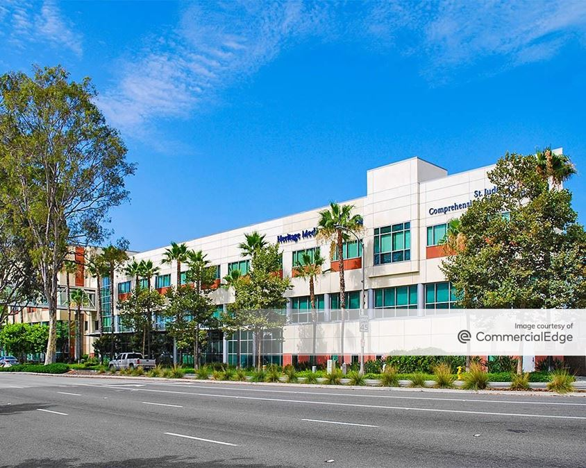 St. Jude Medical Plaza - 2141 North Harbor Blvd