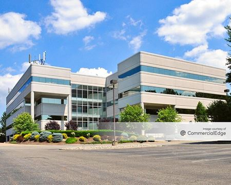 River Drive Center II - Elmwood Park