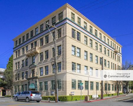 Summit Professional Building - Oakland