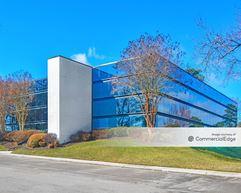 Innsbrook Corporate Center - Commonwealth Building - Glen Allen