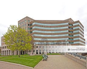 Long Wharf Maritime Center - 545 Long Wharf Drive