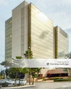 Wells Fargo Financial Tower