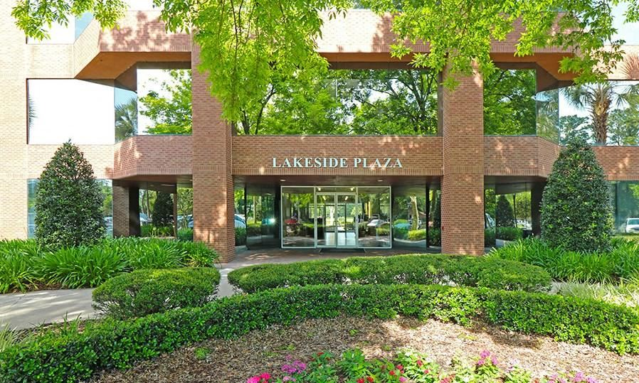 Lakeside Plaza