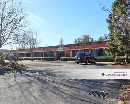 16 Commerce Blvd - Middleborough