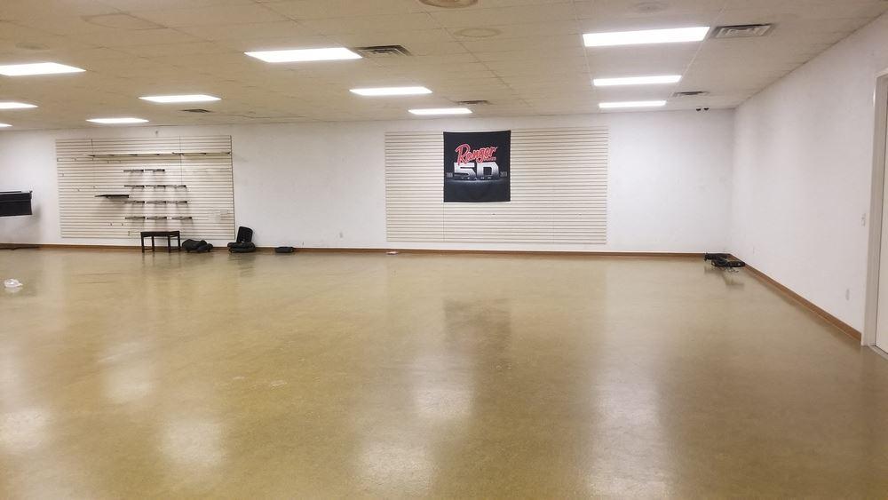 Former Mondak Sports Property, 12,100 SQ FT