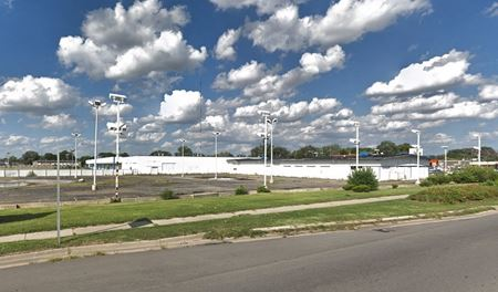 Industrial Building - Royal Oak Township