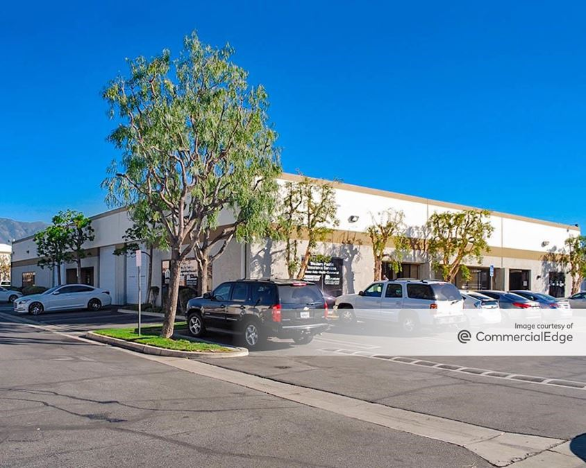 Arrow Business Center