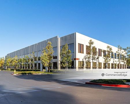 Discovery Business Center - 49 Discovery - Irvine