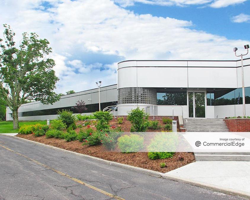 Northern Westchester Executive Park - 2651 Strang Blvd