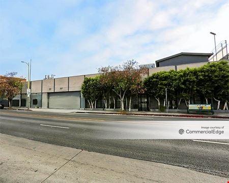 2707 Beverly Blvd - Los Angeles