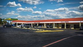 Timber Creek Shopping Center - Benbrook