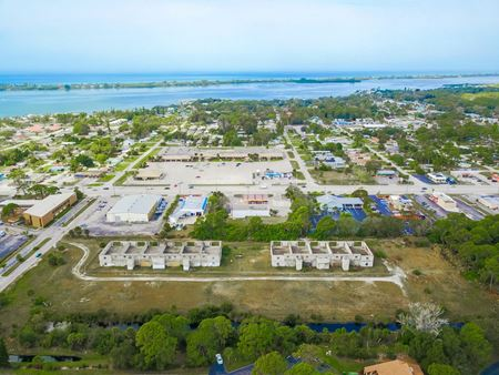 HIGH DENSITY MULTIFAMILY LAND IN ENGLEWOOD! - Englewood