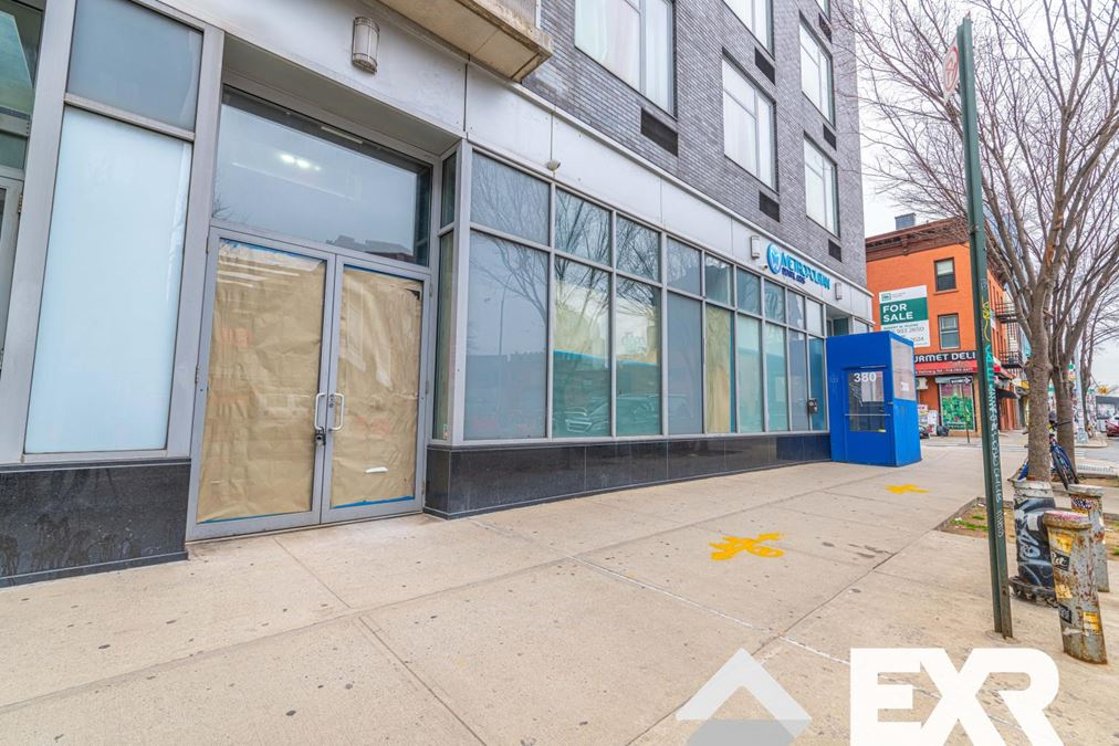 Prime Williamsburg RETAIL / OFFICE Space!