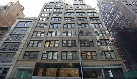 325 West 38th Street - New York