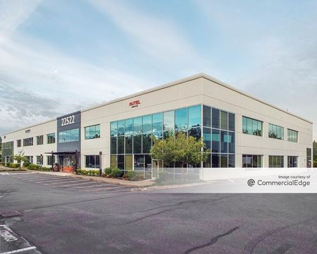 Canyon Park Business Center - Building L2 - Bothell