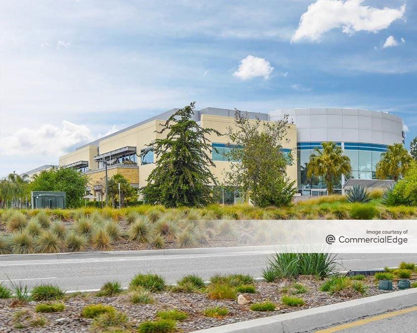 Cabrillo Business Park - 6601 Hollister Avenue