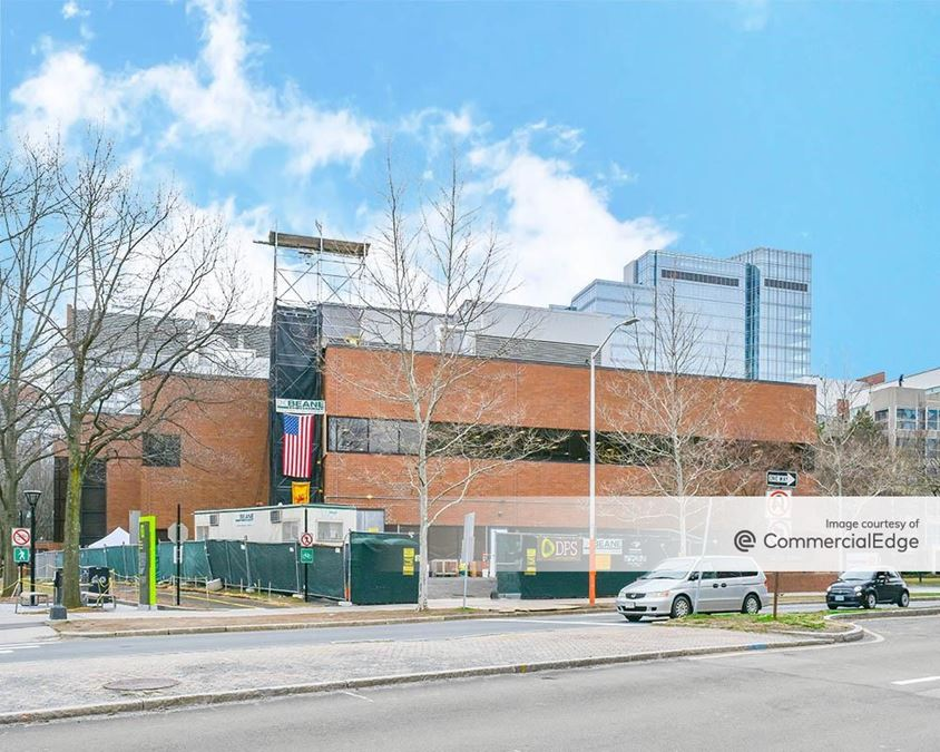 Kendall Center - 250 Binney Street