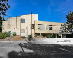 2555 El Portal Drive - San Pablo