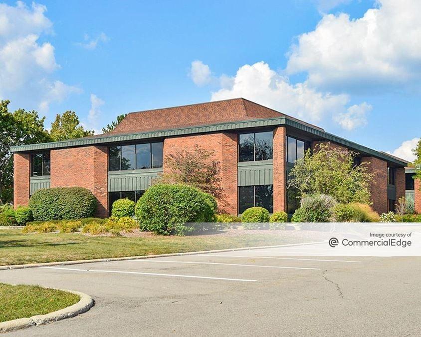 Centennial Office Park - 3040 Charlevoix Drive SE